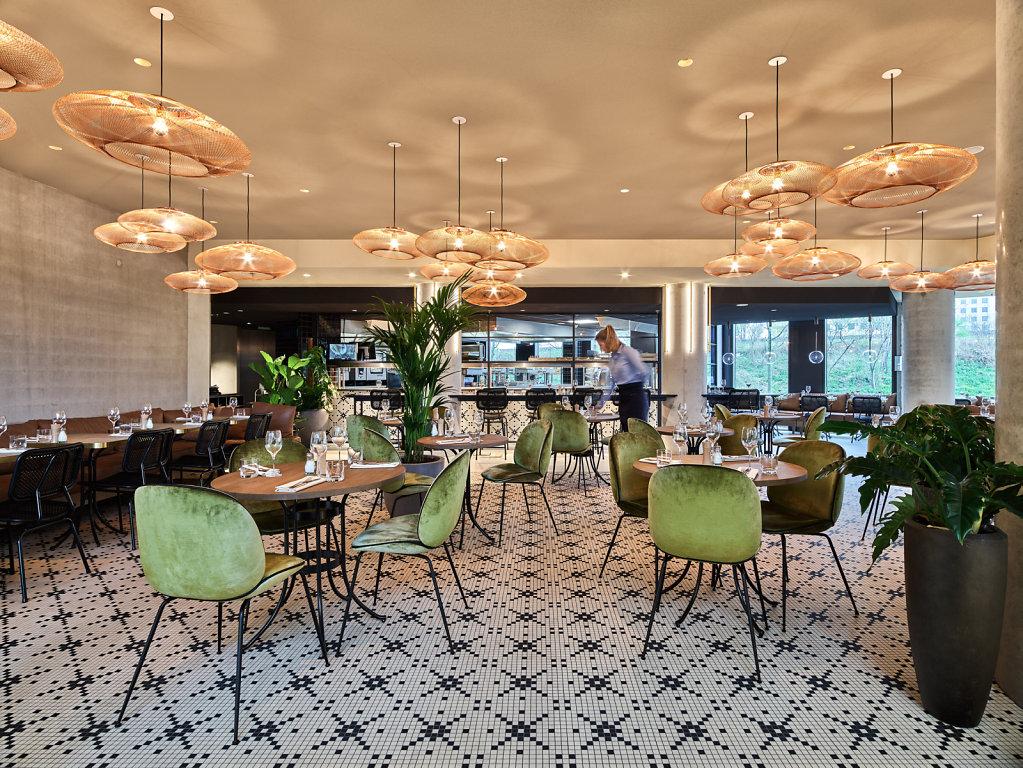 20180412-TodaysBrew-QO-Hotel6049-edit-flat-v2.jpg
